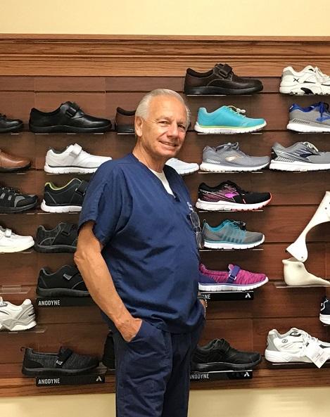 Diabetic Shoe Wall with Davison